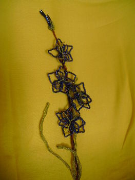 Nevenincs kékvirág