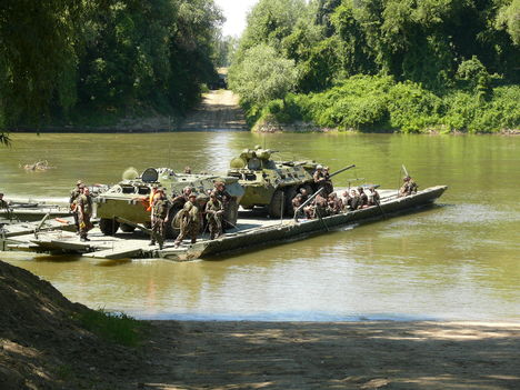 Tiszai átkelés