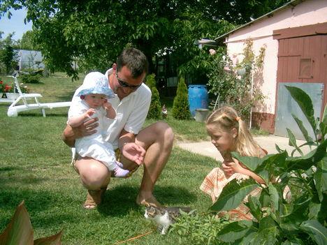 Laci és gyermekei