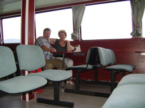 Drágámmal a hajón