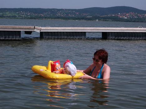 Virág először a Velencei tóban. 5