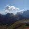 Val di Fassa völgy, a háttérben a Marmolada északi oldalán lévő gleccser