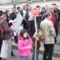 Sándor a FÖLDTOLVAJOK Tüntető Táblával készült Legjobb Kép 2010 03 24-én a Spanyol Követségnél.